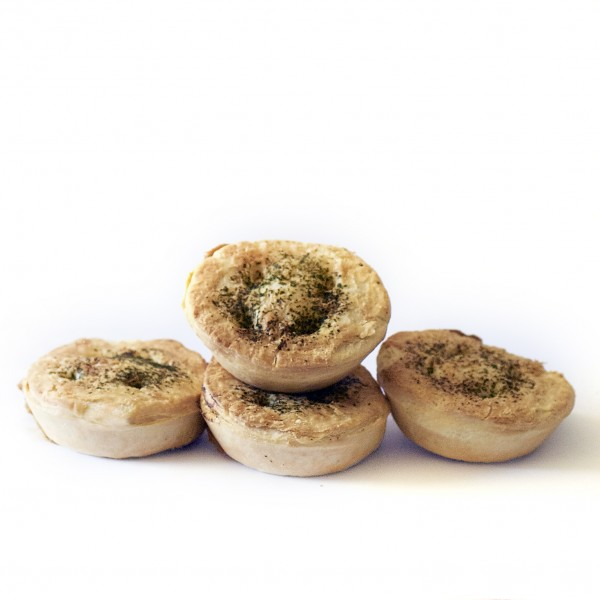 Steak and cheese pie 4 pack -  click and collect only